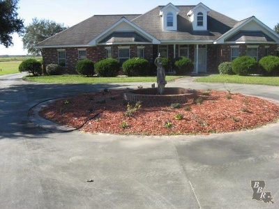 Houma Single Family Home For Sale: 3888 Highway 56