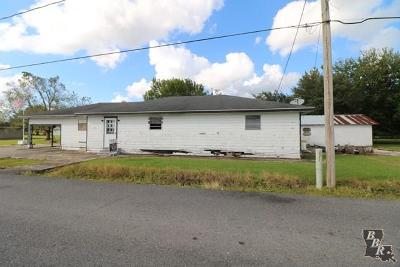 Cut Off Single Family Home Back Up Offers: 165 E 37th Street