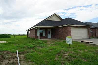 Raceland Single Family Home Under Contract: 151 Darwen Drive