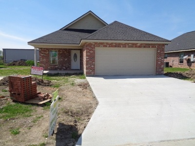 Raceland Single Family Home Under Contract: 136 Darwen Drive