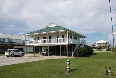 Grand Isle LA Single Family Home Under Contract: $284,000