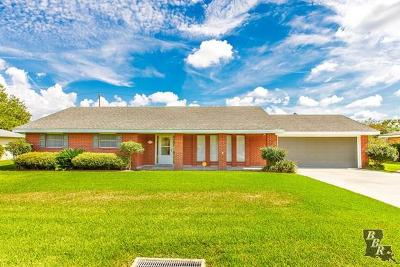 Thibodaux Single Family Home Under Contract: 813 Levert Drive