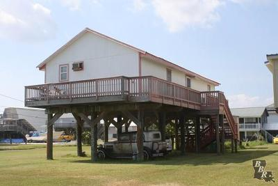 Grand Isle LA Single Family Home For Sale: $149,900
