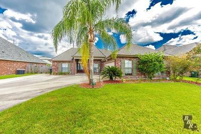 Houma Single Family Home For Sale: 179 Lansdown Drive