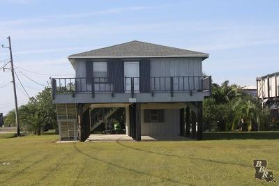Grand Isle LA Single Family Home For Sale: $249,900