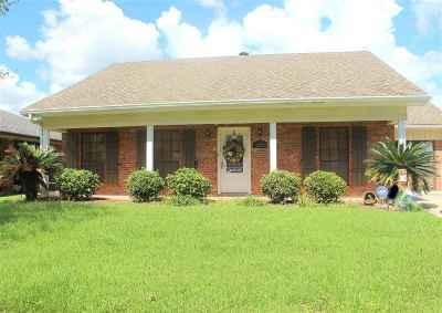 Houma Single Family Home For Sale: 525 Prevost Drive