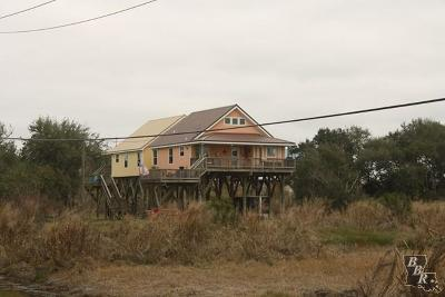 Grand Isle LA Single Family Home For Sale: $219,900