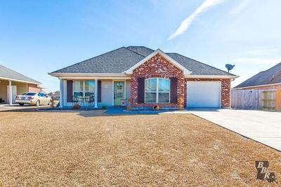 Thibodaux Single Family Home Back Up Offers: 142 Millstone Drive