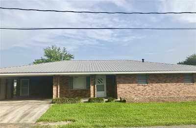 Cut Off Single Family Home For Sale: 149 W 45th Street