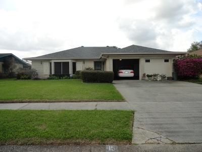 Houma Single Family Home For Sale: 15 Mary Hughes Circle