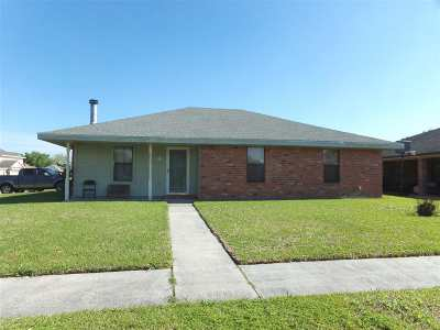 Houma Single Family Home For Sale: 112 North Moss Drive