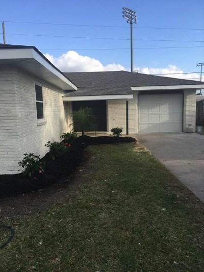Houma Single Family Home For Sale: 204 Douglas Drive