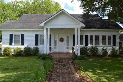 Cut Off Single Family Home For Sale: 231 W 56th Street