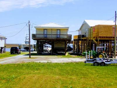 Houma Single Family Home For Sale: 7723 Highway 56
