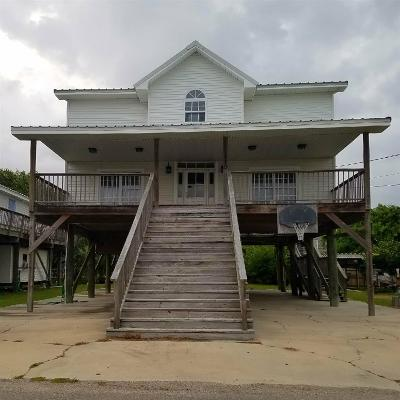 Grand Isle LA Single Family Home For Sale: $285,000