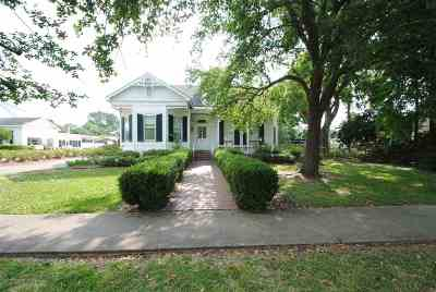 Morgan City Single Family Home For Sale: 1030 Second Street