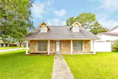 Houma Single Family Home Under Contract: 2216 Acadian Drive
