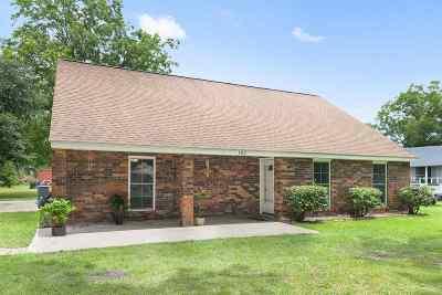 Gray Single Family Home For Sale: 102 Rochelle Villa Street