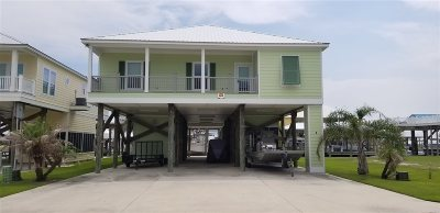 Grand Isle, Fourchon Single Family Home Back Up Offers: 7 Sandy Pointe Dr