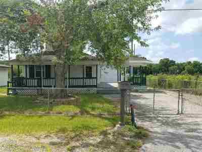 Larose Single Family Home For Sale: 234 E 22nd Street