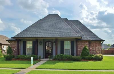 Houma Single Family Home For Sale: 332 Lakewood Drive