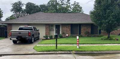 Houma Single Family Home For Sale: 210 South Moss Drive