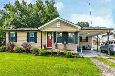 Cut Off Single Family Home For Sale: 164 E East 69th Street