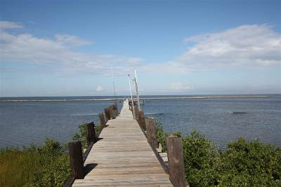 Grand Isle LA Single Family Home For Sale: $299,000