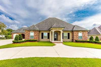 Houma Single Family Home For Sale: 383 Myrtle Grove Drive