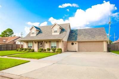 Houma Single Family Home For Sale: 107 Maria Circle
