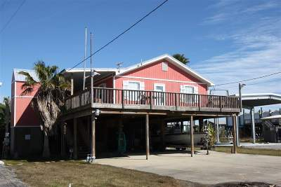 Grand Isle LA Single Family Home For Sale: $255,000