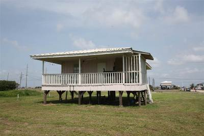 Grand Isle Single Family Home For Sale: 1702 La Hwy 1