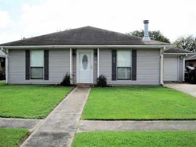 Houma Single Family Home For Sale: 200 Gaynell Drive
