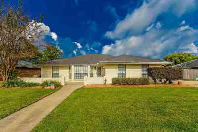 Houma Single Family Home For Sale: 208 Marshall Drive