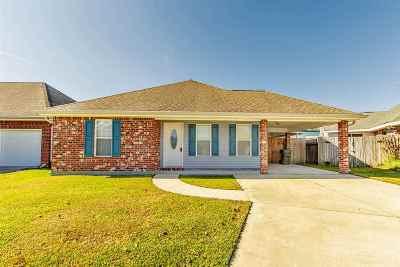 Houma Single Family Home For Sale: 333 Garden View Drive