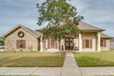 Houma Single Family Home For Sale: 210 Chantilly Drive