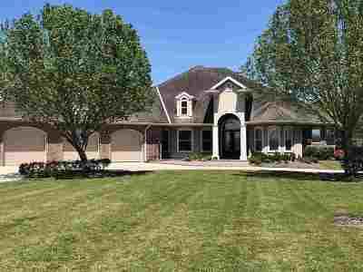 Houma Single Family Home For Sale: 407 Myrtle Grove Drive