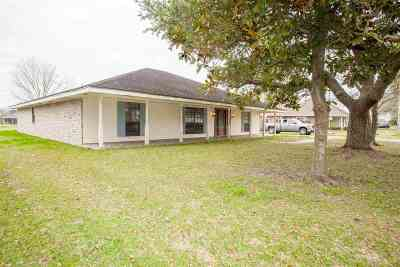 Bourg Single Family Home For Sale: 4026 Country Drive
