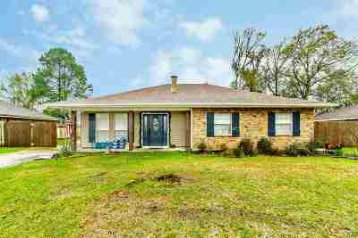 Houma Single Family Home For Sale: 119 Piping Rock Drive