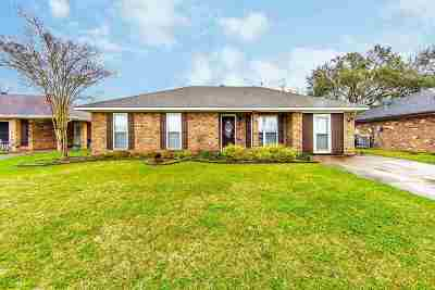 Houma Single Family Home For Sale: 8 South Bell Circle