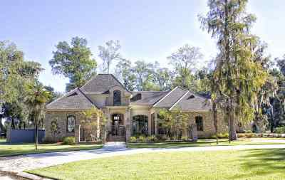 Houma Single Family Home For Sale: 422 Oak Alley Drive