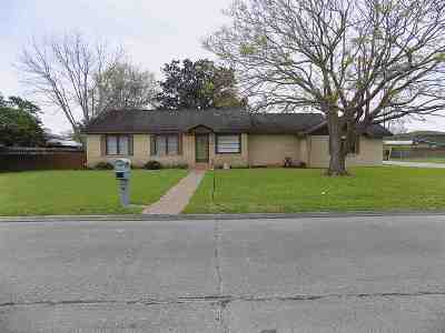 Morgan City Single Family Home For Sale: 200 Glenwood Avenue