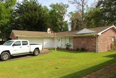 Houma Single Family Home For Sale: 134 Glenhill Drive
