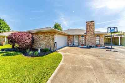 Houma Single Family Home For Sale: 1605 Coral Drive