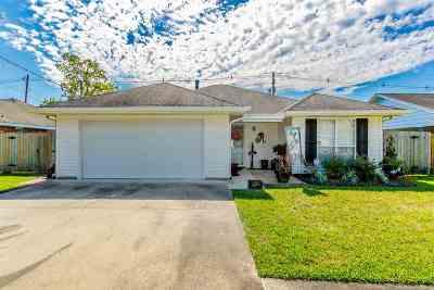 Houma Single Family Home For Sale: 312 Idlewild Drive