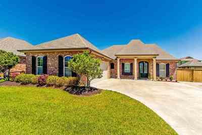 Houma Single Family Home For Sale: 181 Port Royal Way