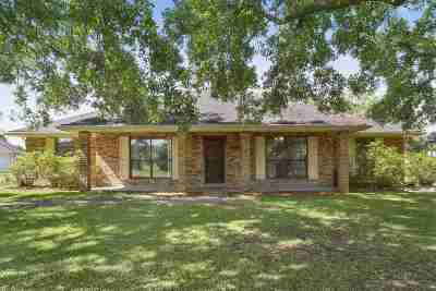 Bourg Single Family Home For Sale: 4008 Kerr Drive