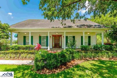 Houma Single Family Home For Sale: 36 Asphodel Avenue