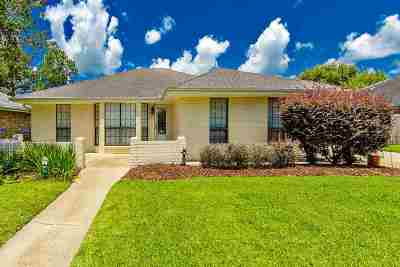 Houma Single Family Home For Sale: 208 Marshall Drive