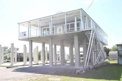 Grand Isle LA Single Family Home For Sale: $599,000